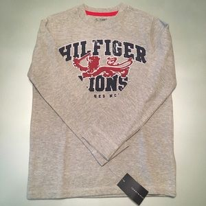 NWT: Tommy Hilfiger LS Graphic Tee